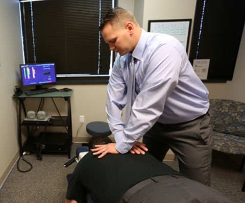 Omaha chiropractic spinal adjustments